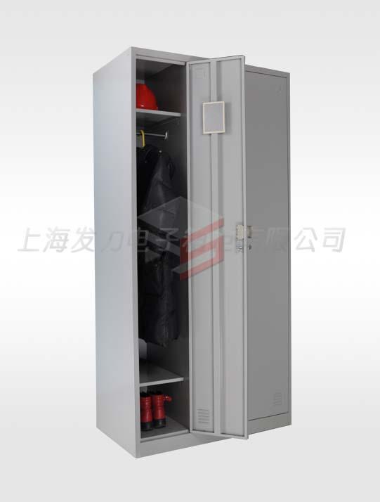 2102-三门更衣柜